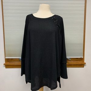 NWT Maurices black long sleeve top